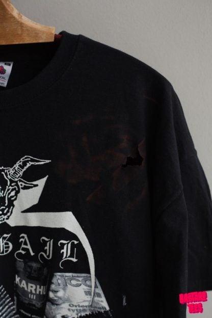 Abigail tshirt rip